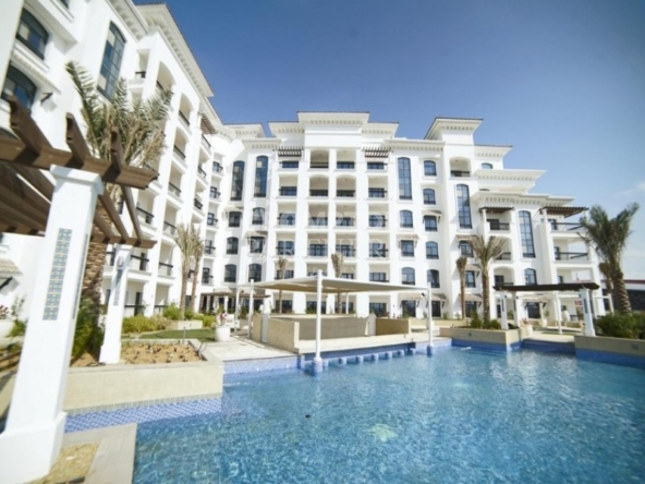 Balcony & Great Views|Flexible payments|Spacious..