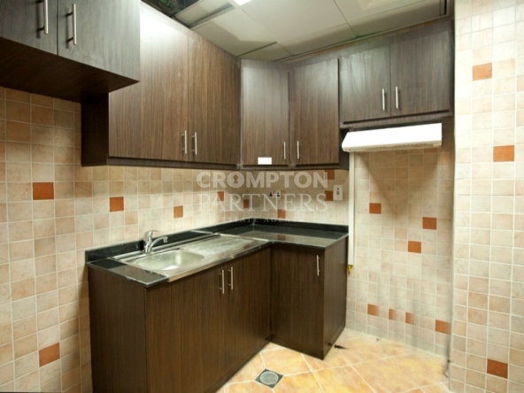 Large|Maid's Room|Sea Views|Multiple payments