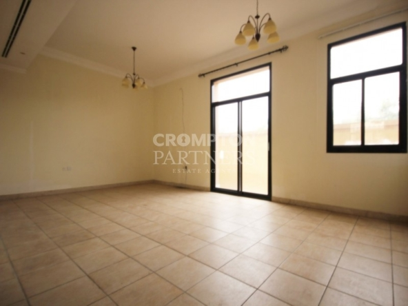 Secured Family Villa in a Compound in  Mushrif